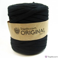 Black T-shirt Yarn 6777