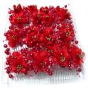 Caja con doce peinetas con flores rojas y bolas perladas