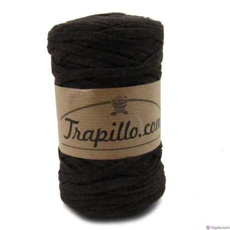 Trapillo Pluma Marrón Chocolate