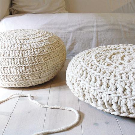 Formas de hacer almohadones de trapillo el blog de - Como hacer un puff de trapillo ...