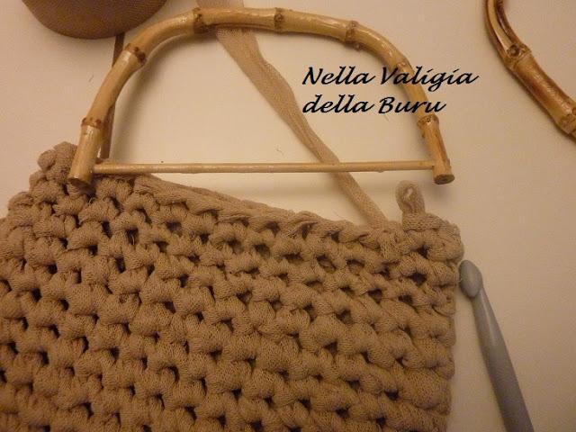 C mo colocar asas a un bolso el blog de - Como hacer bolsos con salvamanteles ...