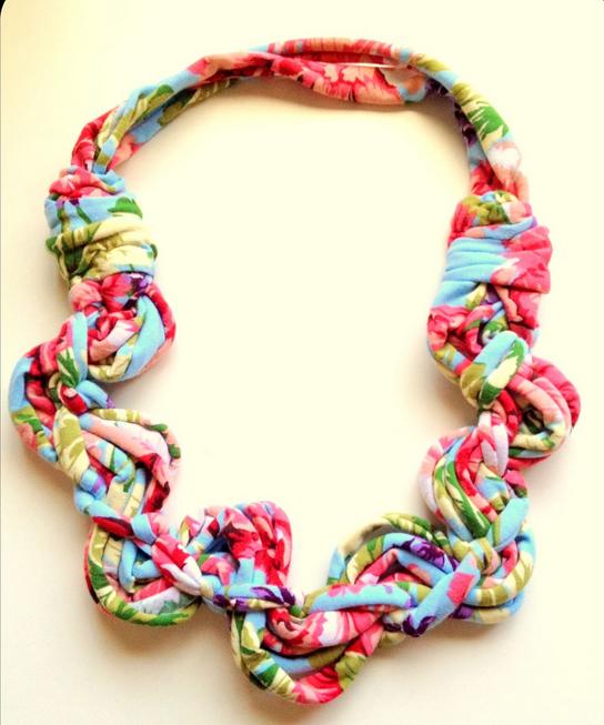 collar-tela-reciclada-3