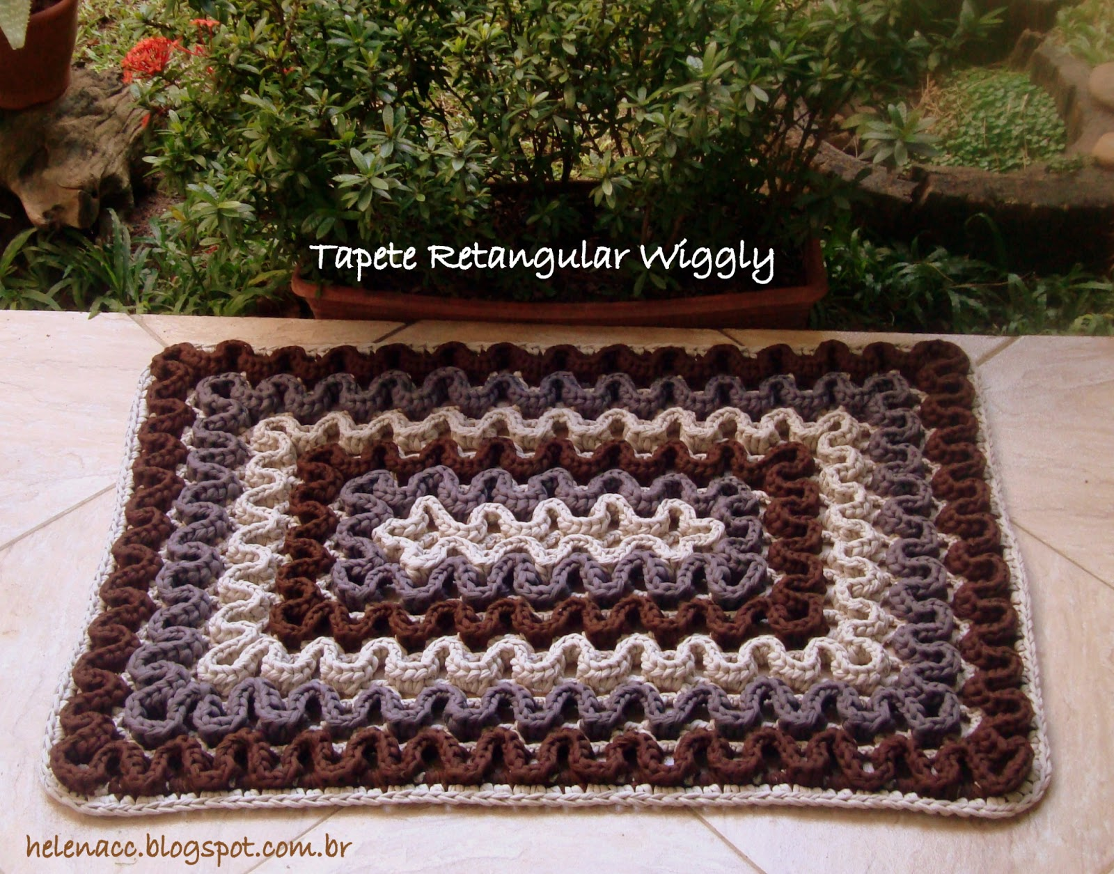 Alfombras de trapillo con puntada wiggly el blog de - Tutorial alfombra trapillo ...