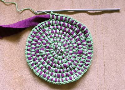 Tapetes y alfombras de trapillo y lana el blog de for Alfombras y tapetes