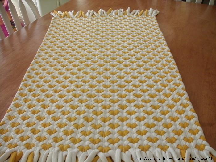 Consejos e ideas para alfombras con trenzas de 3 el blog de - Alfombra de trapillo cuadrada ...