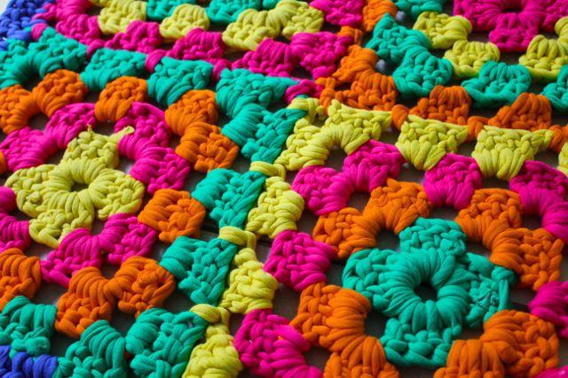 alfombra-ganchillo-cuadrados