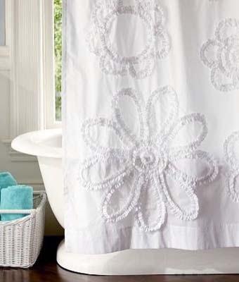 cortina-decorada-con tiras-de-tela