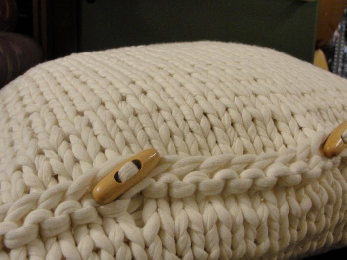 almohadon-tejido-trapillo