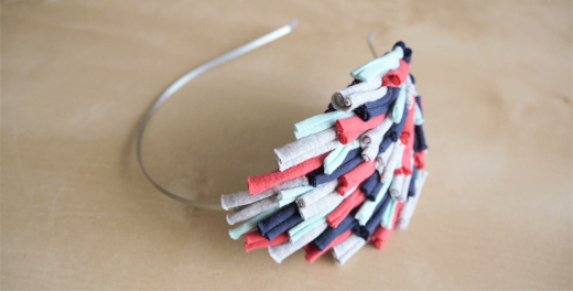 Decorar una diadema con fieltro y trapillo el blog de - Material para hacer diademas ...