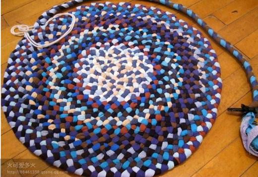 Costuras para alfombras de trenzas de 3 con formas el for Como hacer alfombras a mano