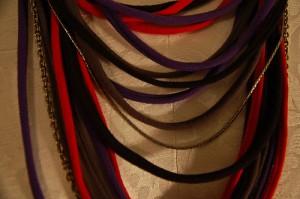 Fabuloso Collar con Trapillo - Fácil de Hacer