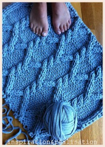 una-alfombra-con-ochos-bien-mullida-1