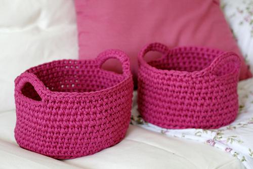 Ideas para hacer cestos organizadores en trapillo el - Cosas de trapillo faciles ...