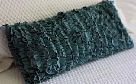Cómo hacer un cojín con tela reciclada | El blog de trapillo.com