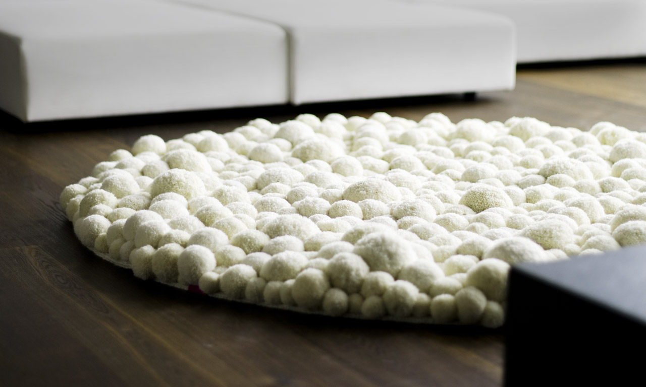 Modelos de alfombras con pompones el blog de for Alfombra lana