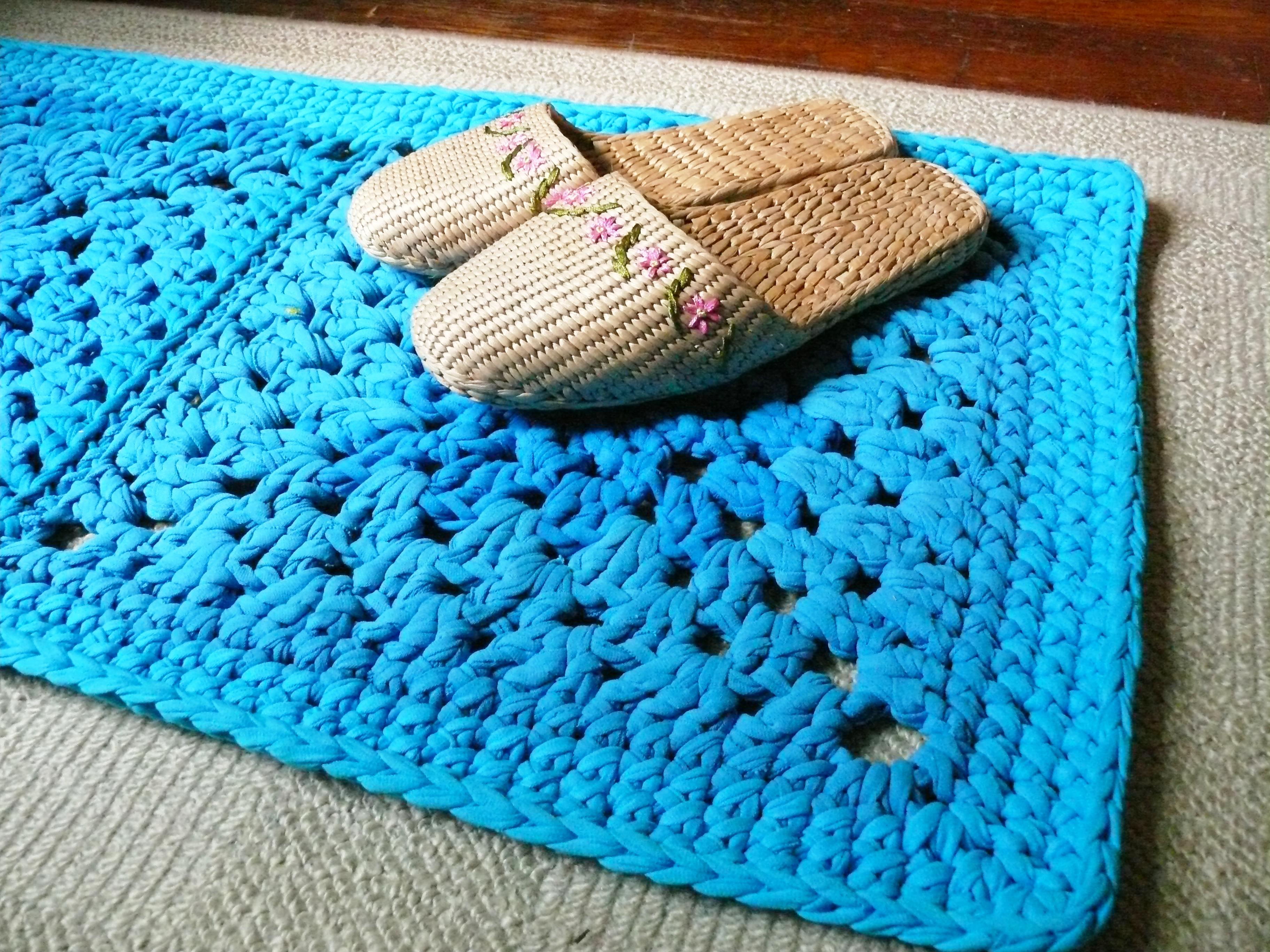 Modelos de alfombras cuadradas de trapillo el blog de for Alfombra colores