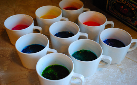 Cómo teñir tela con colorante para comida