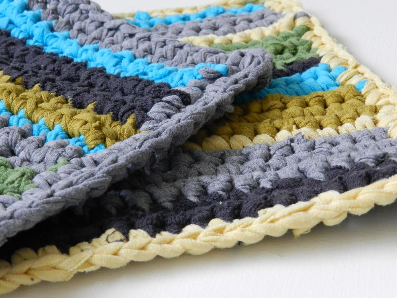 Patrón de ganchillo: cobertores para la cocina | El blog de trapillo.com