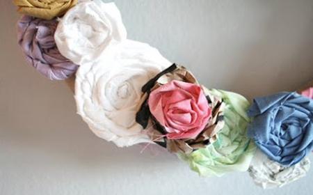 Guirnalda de flores de tela