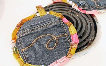 Cómo hacer agarraderas con jeans reciclados