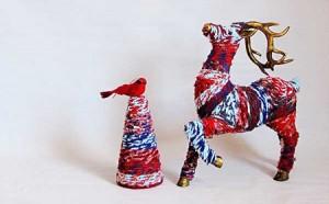 Decoraciones navideñas con tela reciclada