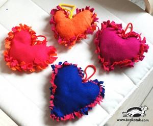 Cojín de corazón sin costura