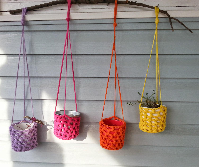 Modelos de colgantes y decoraciones para macetas el blog - Como hacer maceteros ...