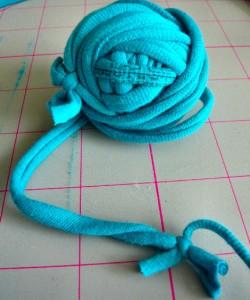 knotted-tshirt-yarn