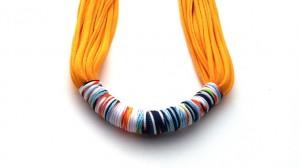 Collar-bufanda de trapillo