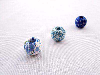 Abalorios cubiertos de tela