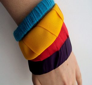 Recycled-Beautiful-Bracelets-Designs