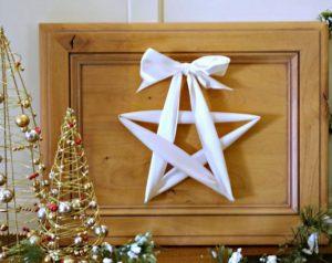 Estrella navideña con tela
