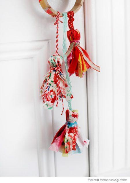 Borlas con tiras de tela reciclada