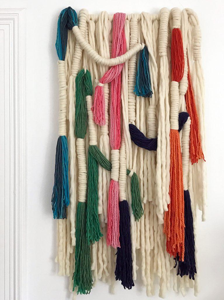 Colgante para pared con lana