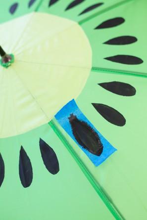 DIY-Fruit-Slice-Umbrellas15-297x445