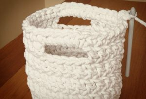 crochet-basket-pattern-step-10