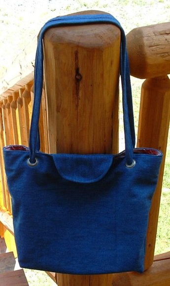 Denim-Tote-Bag-Made-From-Recycled-Jeans