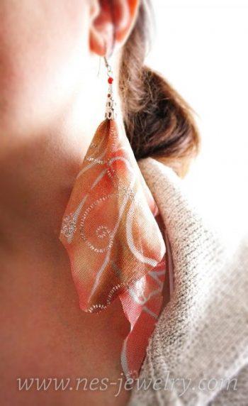 Haz pendientes de tela estilo boho en menos de 5 minutos