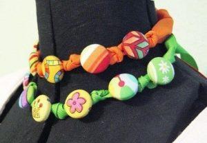 Modelos de collares con tela y botones