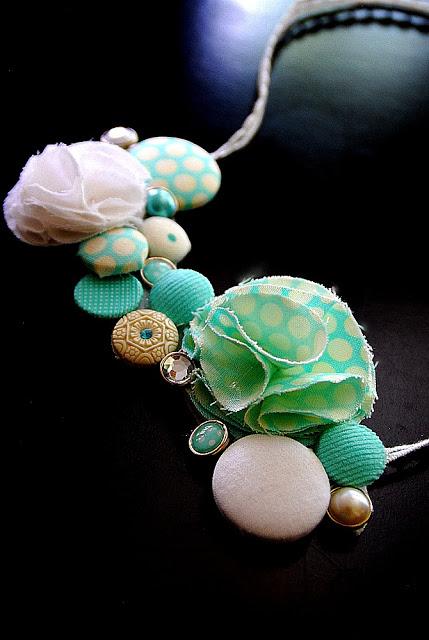 flirty button necklace sideways